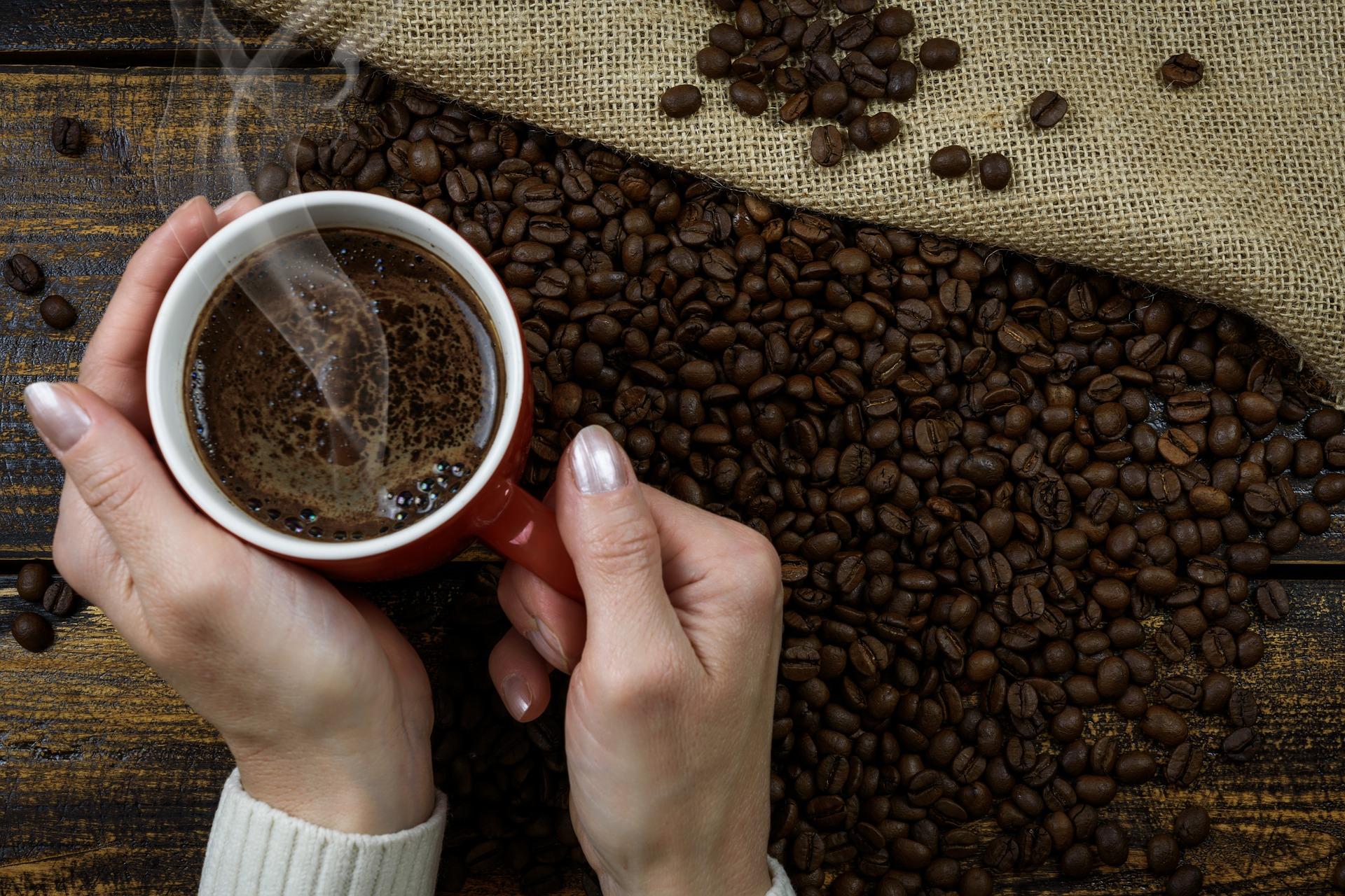 hot-coffee-3345394_1920